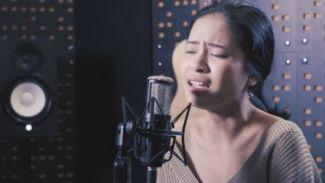 Cover Lagu 'Mencari Cinta Sejati', Hanggini Bikin Galau!