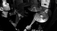 Siap Headbange! Inilah 3 Video Latihan R Wiryawan yang Super Cadas