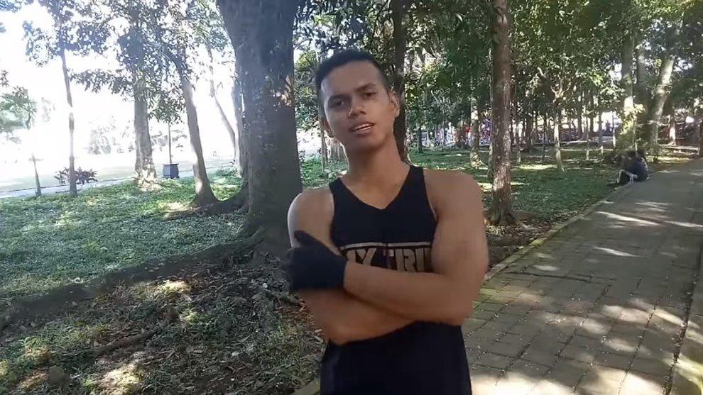 Video Tips: Latihan Memperkuat Otot Paha Agar Kuat Untuk Berlari Jauh