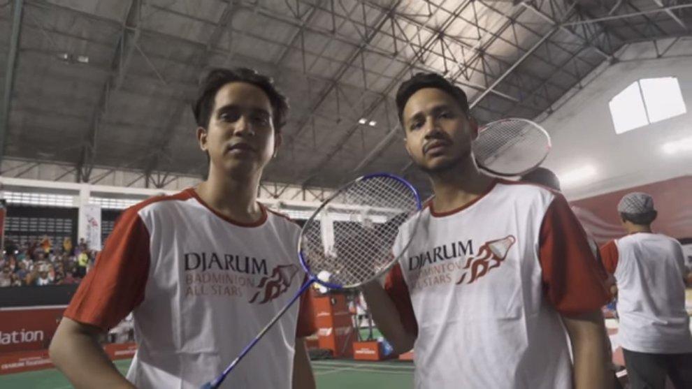Terbang ke Lombok, Skinnyindonesian24 Tantang Juara Dunia Bulu Tangkis Owi-Butet