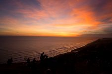 Berburu sunset di Bukit Paralayang Jogja, asyik banget