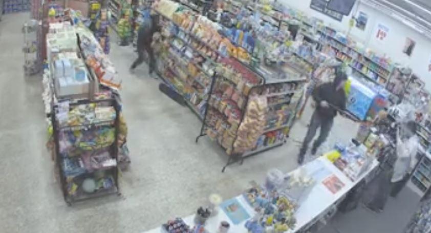 Aksi pencurian ini malah menguntungkan pemilik toko, kok bisa?