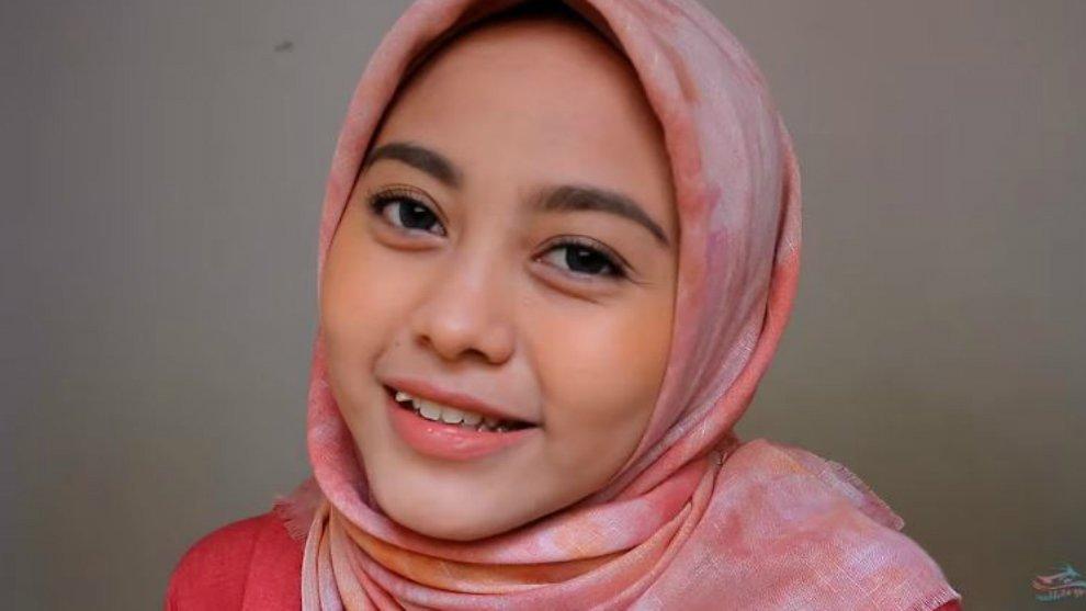 Inspirasi Makeup Natural yang Cocok Untuk Hijabers!