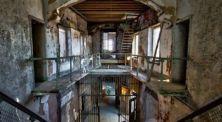 Dikurung Dalam Kotak? Inilah 5 Penjara Paling Sadis di Dunia