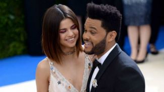 Putus Dari Selena Gomez, The Weeknd Curhat di Lagu Terbaru 'Call Out My Name'