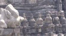 4 Tempat Bersejarah yang Dipercaya Dibangun Dengan Bantuan Makhluk Ghaib