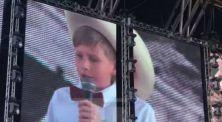 Viral Bernyanyi di Walmart, 'Yodeling Kid' Tampil di Coachella 2018