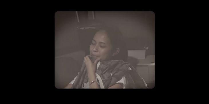 Hanggini - Lebih Darinya [Official lyric video] © 2018 famous.id