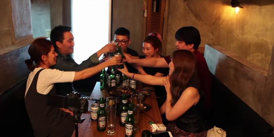 Video Cara Seru Minum Bareng Teman, Pakai Game Ala Korea © 2016 famous.id