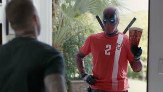 Intip Aksi Konyol Deadpool Minta Maaf ke David Beckham