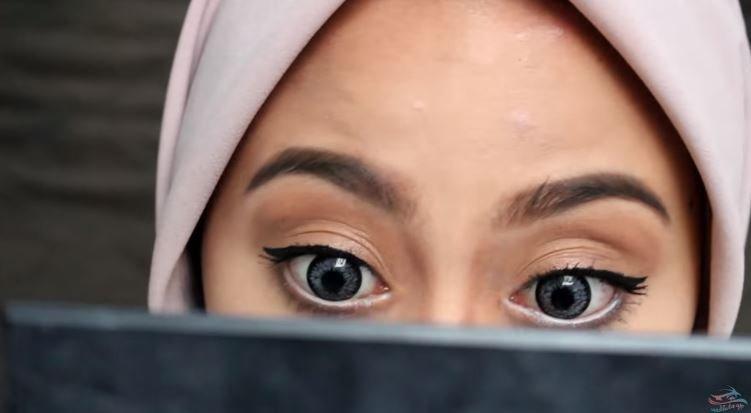MAKEUP BUKBER - CANTIK GAK PERLU MENOR (Natural Makeup Look)  © 2018 famous.id