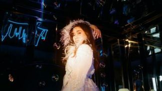 NIKI '88rising' Rilis Album Perdana 'ZEPHYR', Curi Perhatian Industri Musik Amerika!
