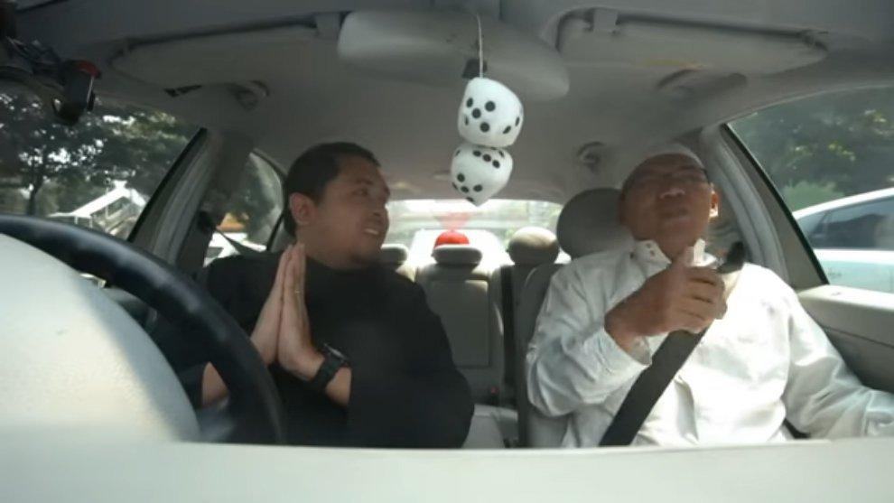 Unik! Ngobrol Bareng Ustadz dalam Carvlog Tausiyah dari Edwinsyah