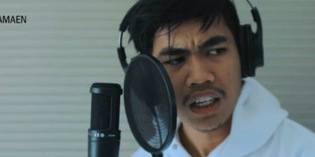 Bikin Ngakak! Kery Astina Bikin Video Parodi Kocak Lagu Tik Tok © 2018 famous.id
