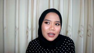 Beauty Vlogger Azhari Irsalna Beri Motivasi Untuk Pejuang Jerawat!