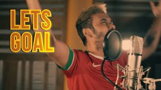 "Gaet Komentator Fenomenal 'Bung Jebret', JFlow Rilis Lagu ""Let's Goal"""