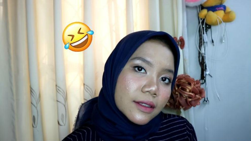 Tips membuat ombre lips ala Korea versi Azhari Irsalna