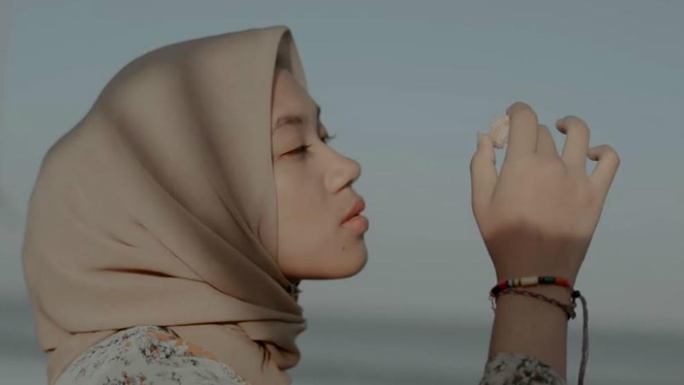 Rilis klip 'Dengarlah Rasa' Alya tampilkan keindahan Indonesia
