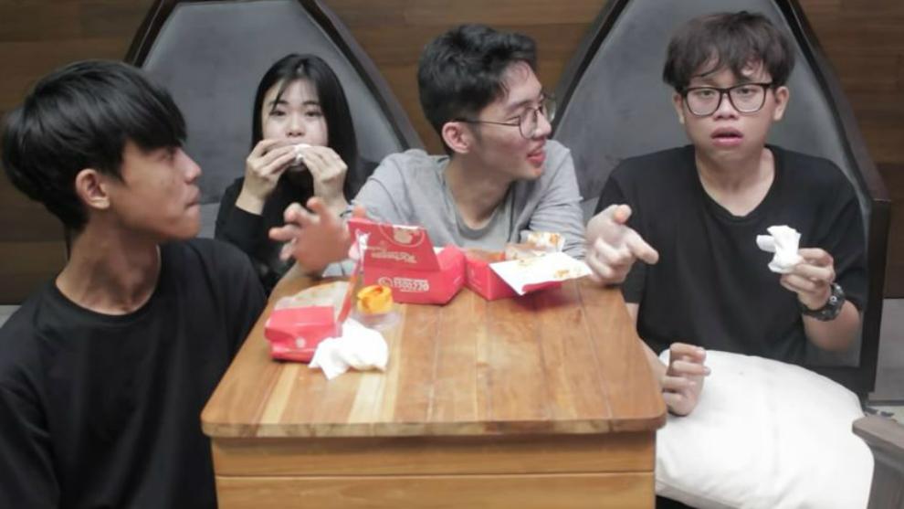 Geraldytan nangis bikin challenge makan pedas sambil nyanyi Kpop