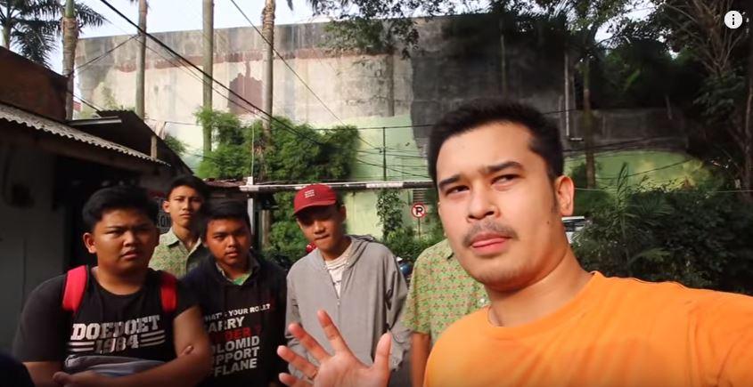 BONCENG ANAK SMA NYAMAR JADI DRIVER OJEK ANTERIN NAIK MOGE (Social Experiment Indonesia) © 2018 famous.id
