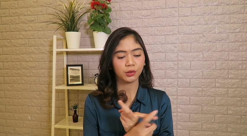 OPERASI KELENJAR KERINGAT (Bau badan berlebihan) © 2018 famous.id
