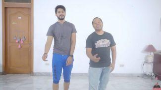 Jawab tantangan netizen, Duo Harbatah bikin 'Fortnite Dance Challenge'
