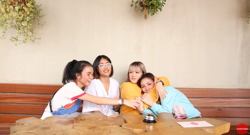 Sleepover season 1 Final Episode Persaingan Antara Kyra dan Lulu © 2018 famous.id