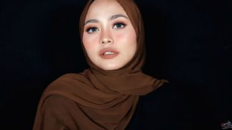 Tutorial hijab simple dan kekinian ala Nadhila QP!