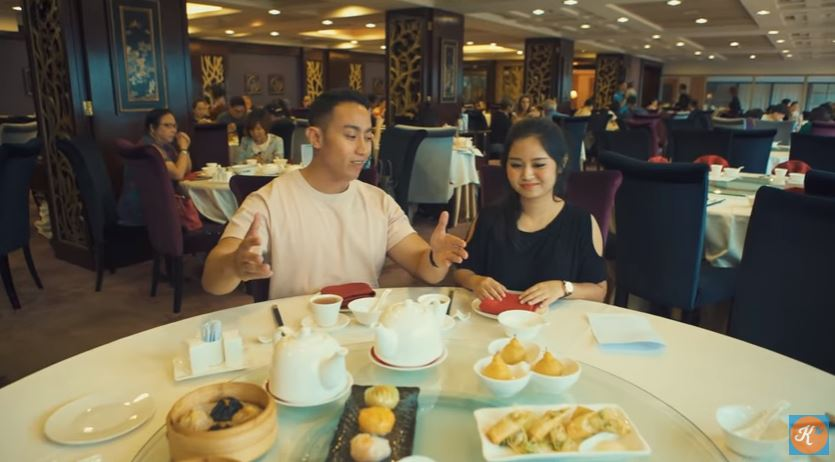 FOOD ADVENTURE MACAO EPISODE 1  © 2018 famous.id