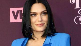 Channing Tatum temani Jessie J saat konser, pacaran?