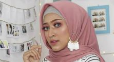 3 Referensi hijab kekinian yang muda ditiru ala Seviq Febinita!