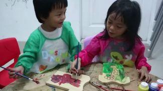Ini jadinya kalau anak kembar 5 belajar melukis bersama!