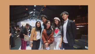 Keshya Valerie tampil stylish hadiri Jakarta Fashion Week 2018