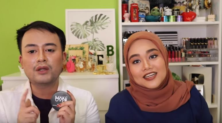 MY DOCTOR DOES MY MAKEUP + NYOBAIN PRODUK BARU MAKEOVER! © 2018 famous.id