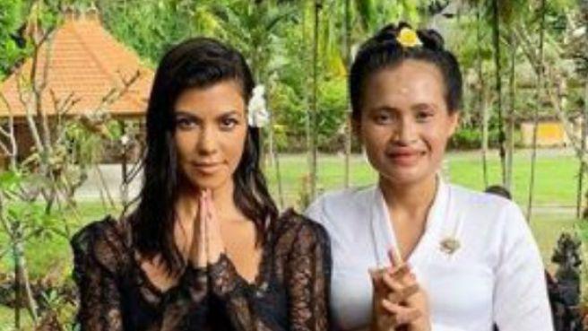 Seru banget! Diam-diam Kardashian Family liburan ke Bali