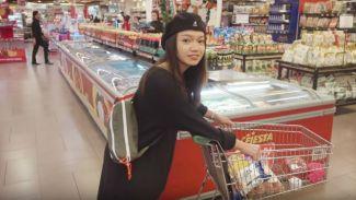 Seru banget! Fathia Izzati hangout bareng NIKI '88Rising'