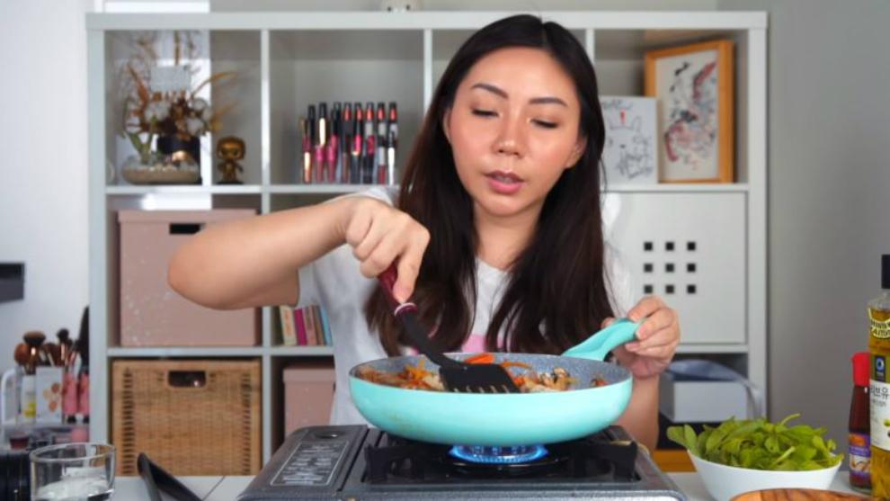 Kyra Nayda berbagi resep Japchae makanan Korea untuk diet!