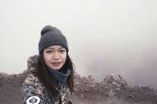 Intip keseruan Fathia Izzati mendaki gunung untuk pertama kalinya!