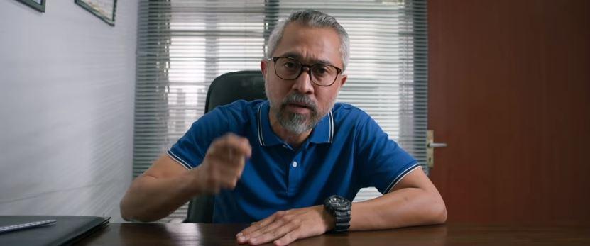 Official Trailer ORANG KAYA BARU (2019)  © 2019 famous.id