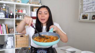 Lagi diet mau makan enak? cobain resep nasi shirataki ala Kyra Nayda