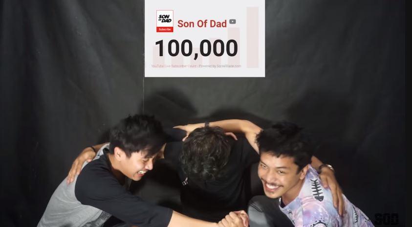 DETIK DETIK 100.000 SUBS  © 2019 famous.id