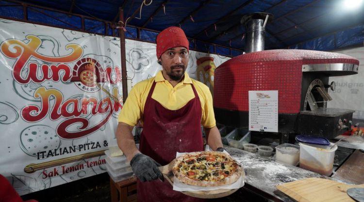 Pizza Kaki Lima, Kuliner Unik Jogja Murah Meriah