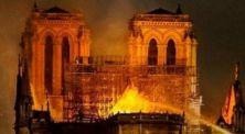 Kebakaran menghanguskan sebagian gedung Gereja Notre-Dame