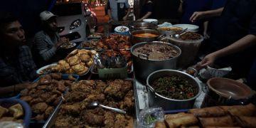 Nasi Teri Gejayan Pak Dul, kuliner malam legendaris Jogja