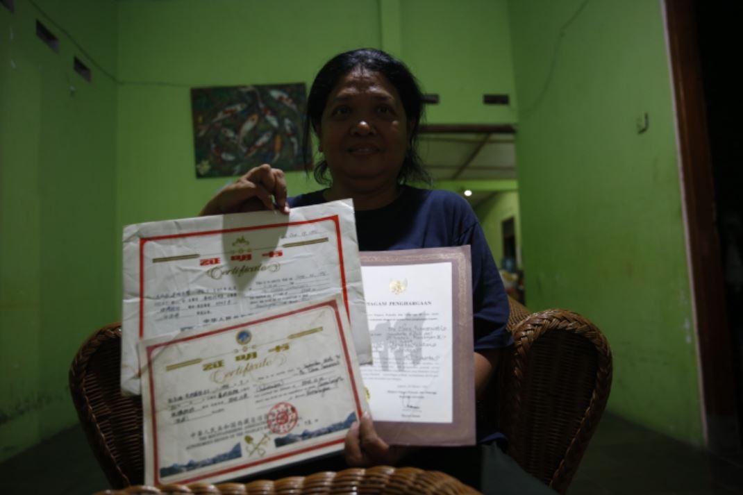 Orang pertama Indonesia pendaki Everest, Clara Sumarwati
