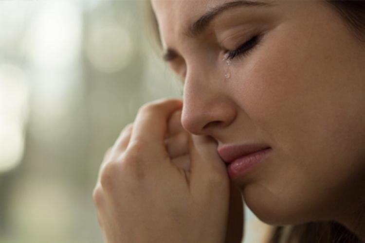 Apakah menangis bisa membatalkan puasa?